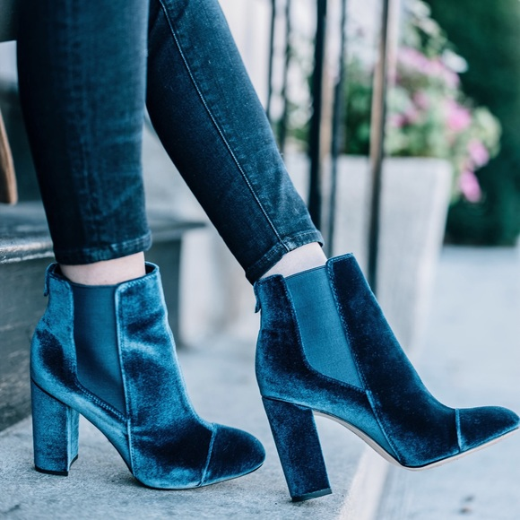7a3267736 Velvet Sam Edelman ankle boots size 7. M 5aa7f5599d20f0ad072c4c57